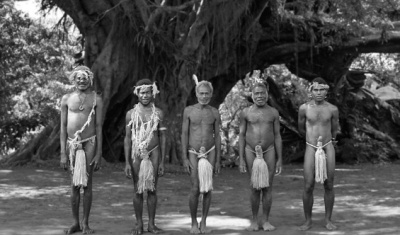 tanna-meet_natives_tribal_life_ss_009